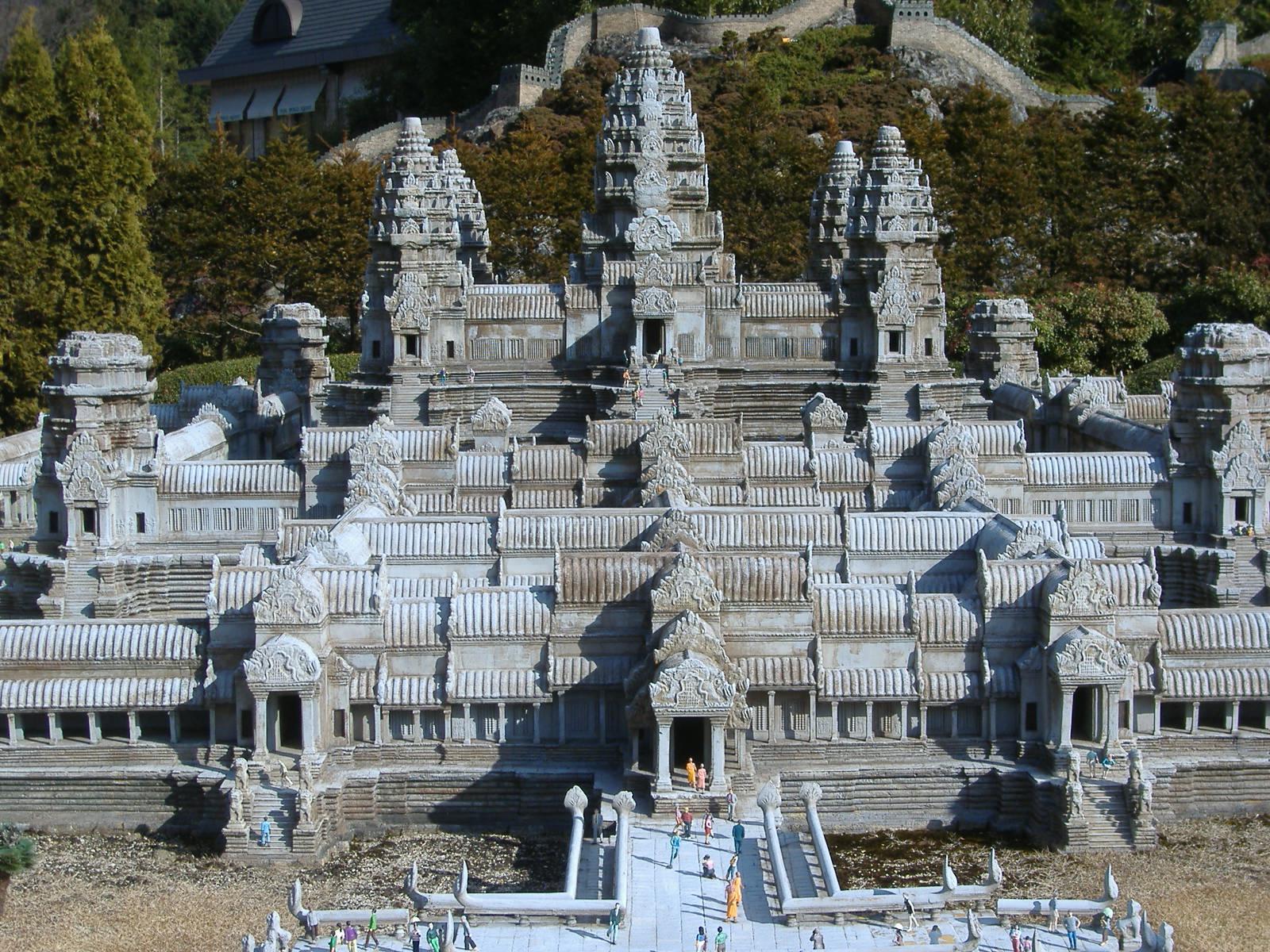 Angkor_Wat_in_Tobu_World_Square
