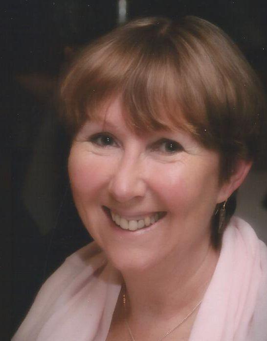 Deborah McDonald headshot