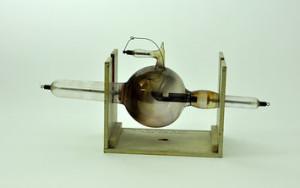 Walter Dodd's X-ray tube.